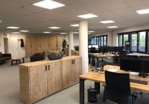 Steigerhouten kantoor kast
