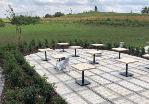 Industriele tafels met tafelblad van steigerhout