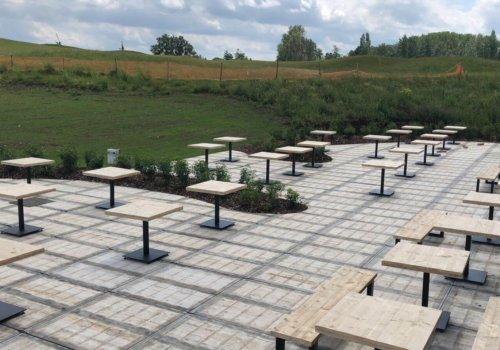 Steigerhout vierkante industriele tafels voor horeca