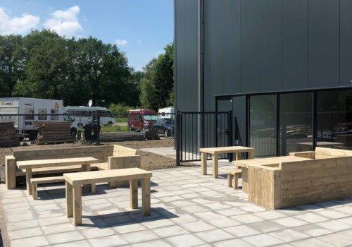 Steigerhouten meubelen voor bedrijf